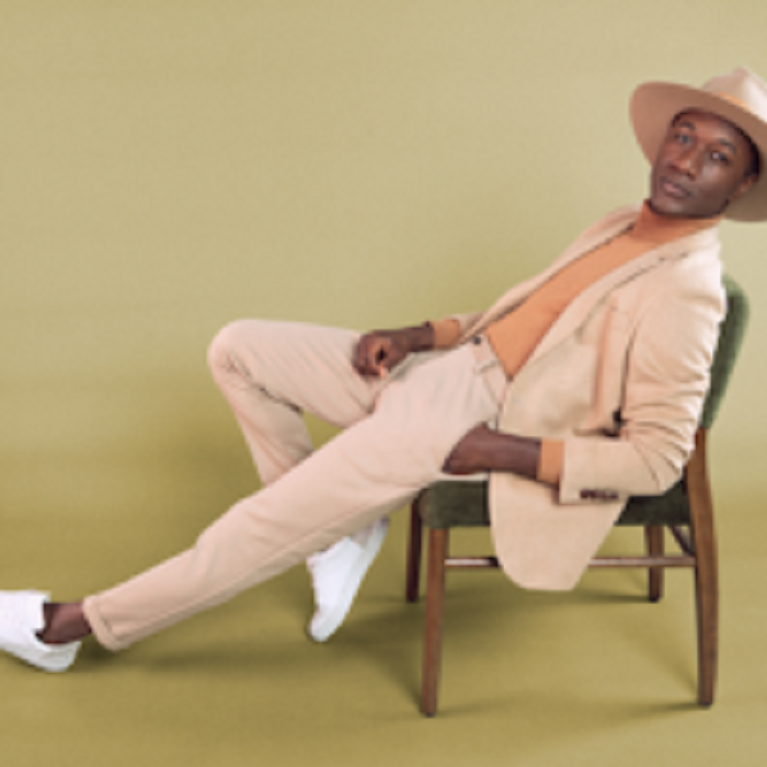 """EXCLUSIVE R&B Video By Aloe Blacc – """"MY WAY"""""""